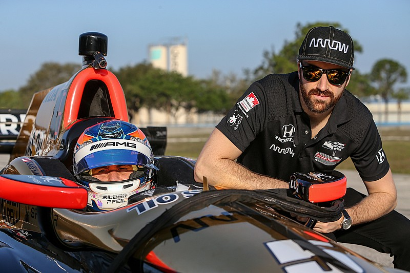 indycar-sebring-february-testing-2017-robert-wickens-and-james-hinchcliffe