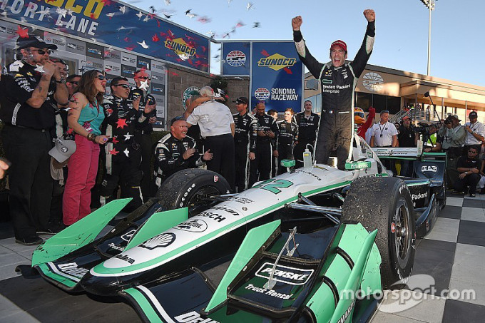 indycar-sonoma-2016-race-winner-and-2016-champion-simon-pagenaud-team-penske-chevrolet